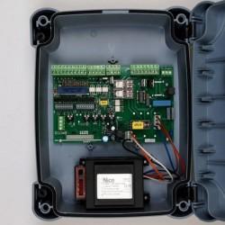 A700F NICE MINDY Centrale di comando per due motori 230 Vac, con frizione elettrica