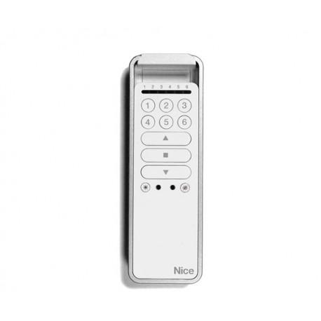 P6S NICE Trasmettitore portatile, attiva fino a 6 gruppi di automazioni, tasti Sole ON e tasti Sole OFF